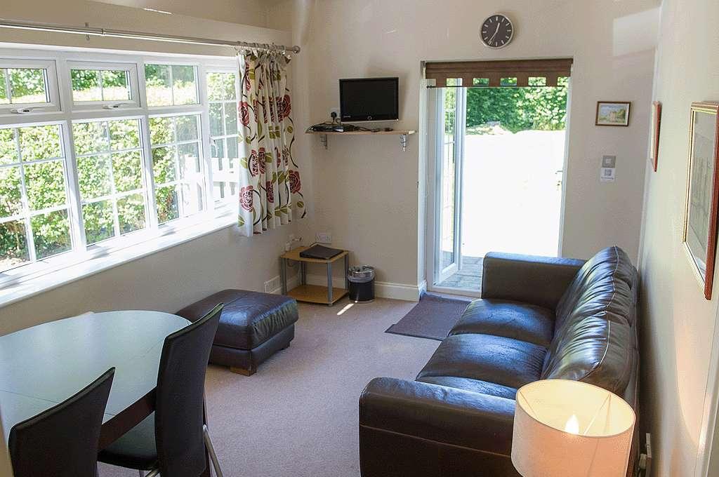 Garden suite sitting room